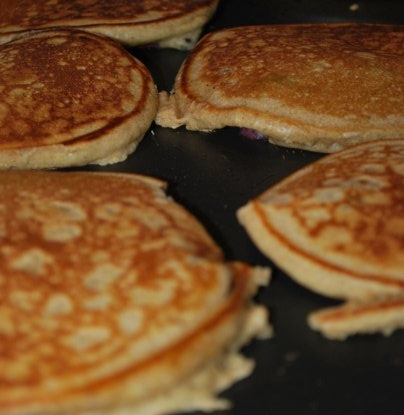 Off The Cuff Cooking: My Rad Berry-Spice Whole Grain pancakes